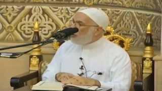 ضحك شديد في المسجد والشيخ عمر عبد الكافي يحاول أن يكمل الدرس ههههههههه HD