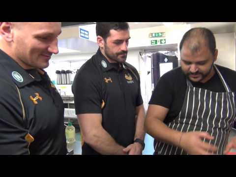 Wasps' Wade, Masi and Festuccia cook Christmas lunch!