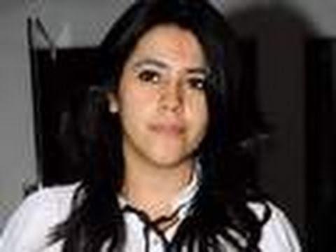 Xxx Mp4 Ekta Kapoor CAUGHT Circulating MMS 3gp Sex
