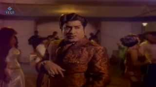 Ennai Pol Oruvan Movie : Aanattam Pennattam Song