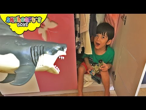Hide and Seek Game with Fluffy the Shark Playtime with kids shark toys children animals chomping