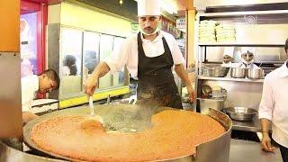 Indian Street Food - Delicious Mumbai Juhu Beach Pav Bhaji