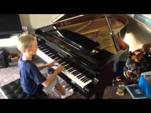 Spencer Durrant performs The Elf and The Fairy by Bentley