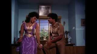 Paatti Sollai Thattathey - Disco Shanthi hides the document