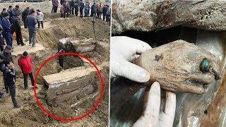 عثروا على صندوق تحت الأرض عمره 700 عام، وعندما فتحوه وجدوا مفاجأة صادمة !!