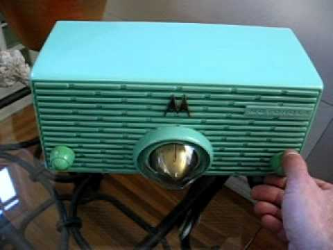 1956  Mint Green Motorola Tube Radio Model 56H