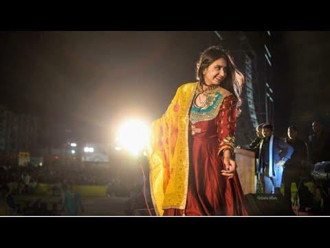 Xxx Mp4 KInjal Dave Surat 20 10 2018 Char Bangdi Vadi Gadi Jordar Moj Live Hot Dance 3gp Sex