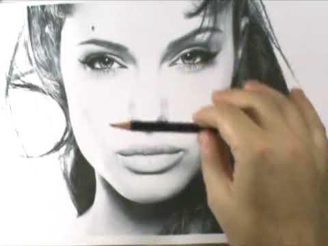 Como Desenhar um Retrato Angelina Jolie