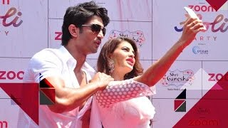Sushant Singh Rajput And Jacqueline Fernandez SPOTTED At Zoom Holi Party | Bollywood News