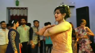 Engagement beautiful dance performance by girl