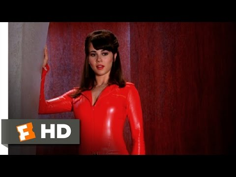 Scooby Doo 2: Monsters Unleashed (4/10) Movie CLIP - Velma Gets Hot (2004) HD