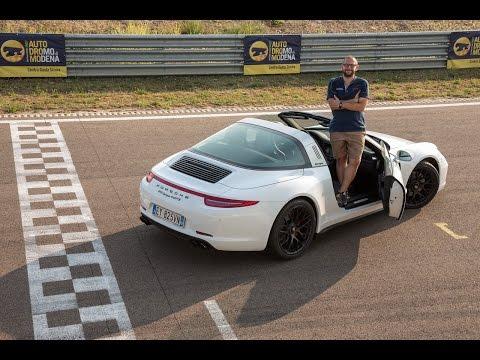 Porsche 911 Targa 4 GTS Il bello di guidare una sportiva sempre