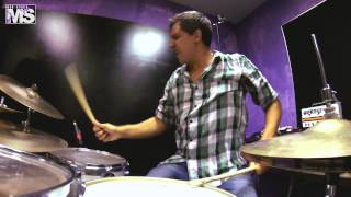 MON STUDIO live cover sessions #9 - FOO FIGHTERS (Best of you)