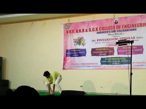 Xxx Mp4 Dance Performance By Darling Boy Arun At Vkr Vnb Nd Agk College Of Engineering 3gp Sex
