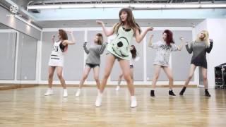 [English + Romanization] Hello Venus Wiggle Wiggle Dance Version