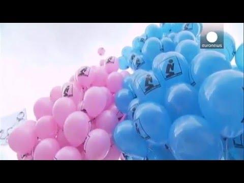 Xxx Mp4 Marée Humaine à Rome Pour La Famille Et L'enfant 3gp Sex
