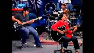 Tomra Kunjo Shajao Go Waqeel Live Ekushe