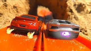 Hot Wheels GT-R Vs Aventador!
