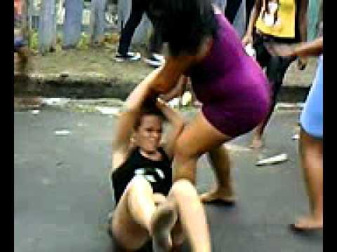 Briga de mulher na rua