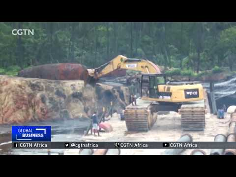 Nigeria's Navy claims to have destroyed major illegal oil refinery