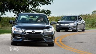 Should I Buy the 2017 Honda Accord V-6 or Four-Cylinder?