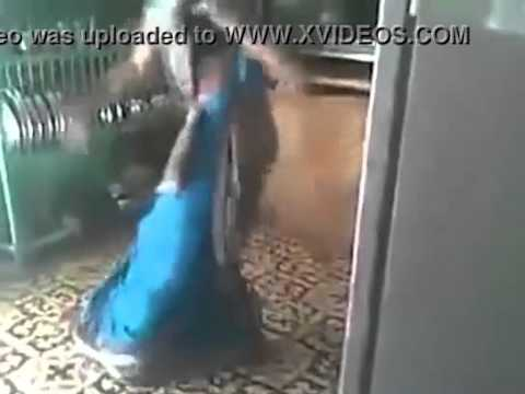 deshi babhi dance...
