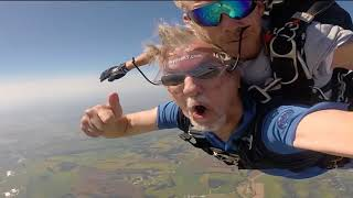 JIM FROM TOP10ARCHIVE GOES SKYDIVING