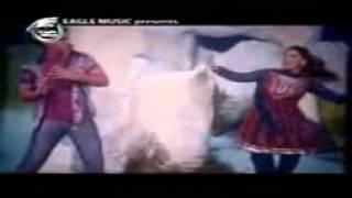 Shakib Khan and Apu Biswas Bangla Movie New Song 2012