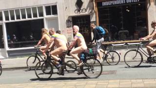 Crazy and funny Amsterdam Nacket bicycle ride.. must watch