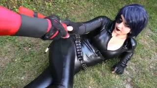 DEADPOOL vs DOMINO - Real Life Superhero Battle! - TheSeanWardShow