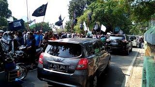 Massa Aksi 287 Bergerak Ke Istana, Lalu Lintas di Depan Halte Transjakarta Istiqlal Macet