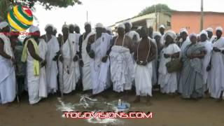 Un rituel plein de sens des grands prêtres vodou réunis à Aného