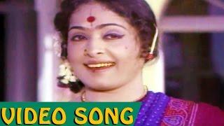 Naatakame Ulagam Tamil Movie Video Song
