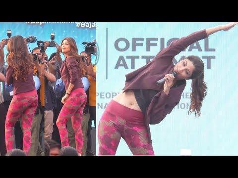 Xxx Mp4 Shilpa Shetty 39 S AMAZING Yoga Sets World Record In Pune 3gp Sex