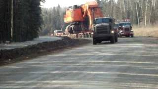 Mammoet Fort McMurray moves a complete EX5500 part 2