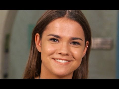 Fosters Star Maia Mitchell Answers Weirdest Interview Question Ever