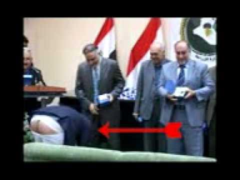 عادل عبد المهدي طلع طيزه في حفل برلمان العراق وهو احد قيادي المجلس الاعلى النجس والمؤجج الاول للطائفية والداعي لفيدرالية ي