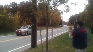 Obama and the romanians in Woonsocket (President Obama's motorcade) (Obama in Woonsocket)
