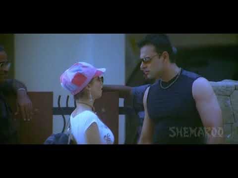 Mayam Movie Scenes | Antara Mali Wearing a Dress | Gayab Movie | Tusshar Kapoor | Shemaroo Telugu