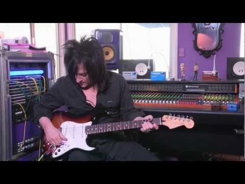 Roland G 5 VG Stratocaster® — Steve Stevens Demo