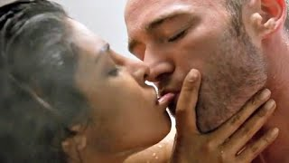 Priyanka Chopra/Alex Parrish/Jake McLaughlin - Quantico (double kiss scene #1) (tv series) #6