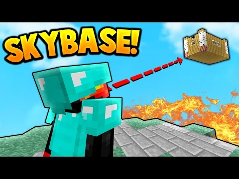 SKY BASE TROLLING! | Minecraft SKY WARS