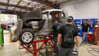 The Gas Monkeys Set To Chopping This '34 Ford | Fast N' Loud