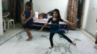Sarinodu movie Tittle song dance performance by sunny and milkey