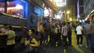 PARTYING in Lan Kwai Fong (Hong Kong) - 党 蘭桂坊