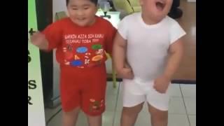 Zingat Song Cute Baby Dance - Sairat