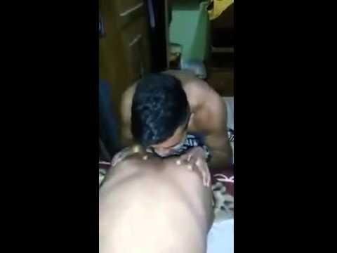 Broma Malpensada con la Espalda XXX