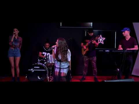 Xxx Mp4 Nicole Cherry Ceasul Live Virgin Radio Romania 3gp Sex