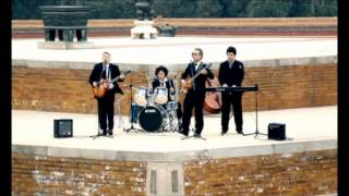 The Cheatles (Chinese Beatles) - Zaiyiqi (Let It Be)