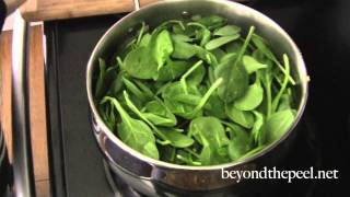 10 Minute Coconut Spinach Soup